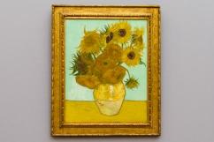 Monaco di Baviera - Trovarsi davanti a un vaso di fiori dipinti da Van Gogh è sempre una emozione che lascia privi di parole.